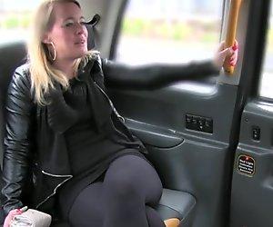 Xxx videa taxi
